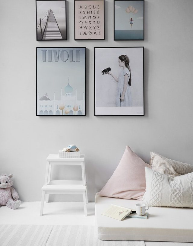 4 Popular Designs to Transition a Girl's Bedroom